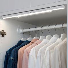 STÖTTA LED cabinet lighting strip w sensor, battery operated white, Luminous flux: 70 Lumen - IKEA Wardrobe Lighting, Closet Lighting, Led Cabinet Lighting, Strip Lighting, Luminaire Led, Led Lampe, Led Light Strips, Led Strip, Diode Led
