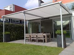 coberti toldo horizontal motorizado para prgola de aluminio en porche de vivienda toldos