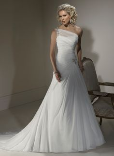 Mona - by Maggie Sottero