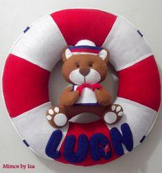 Boia com urso marinheiro e nome da criança,  40 cm     Ideal para decoração de festa tema Marinheiro, chá de bebê ou decoração temática de quarto de menino.