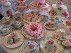 high tea sweets treats pretty tea cups and tea pots pastels Pretty Cakes, Beautiful Cakes, Tea Cakes, Cupcake Cakes, Pink Cakes, Fancy Cakes, Cute Food, Yummy Food, Victorian Tea Party