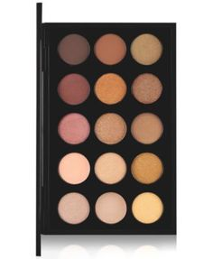 A carefully selected palette of 15 warm shades that can create endless looks. The highly pigmented powder applies evenly and blends well. Can be used wet or dry, available in a wide variety of texture