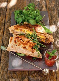 Toque mexicano - A tortilha substitui o pão no sanduíche de Daniela França Pinto. Prato Hideko Honma (Foto: Ricardo Corrêa)