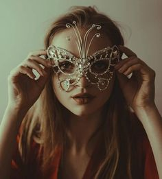 wiseman - Do you wish to feel complete? Face Photography, Halloween Face Makeup, Costumes, Instagram, Dress Up Clothes, Fancy Dress, Men's Costumes, Suits
