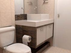 banheiro pequeno decorado com armario