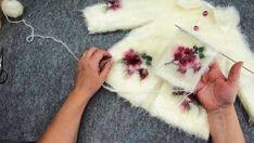Nako Paris with Fur-Looking Baby Cardigan - Işıl Balaban . - Hacer - - Nako Paris with Fur-Looking Baby Cardigan - Işıl Balaban . Baby Knitting Patterns, Baby Cardigan Knitting Pattern, Knitting For Kids, Free Knitting, Crochet Patterns, Knitting Videos, Crochet Videos, Cardigan Bebe, Baby Pullover