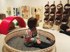 Discover recipes, home ideas, style inspiration and other ideas to try. Infant Classroom, Preschool Classroom, Classroom Decor, Classroom Design, Reggio Emilia Preschool, Reggio Emilia Classroom, Gross Motor Activities, Montessori Activities, Early Education