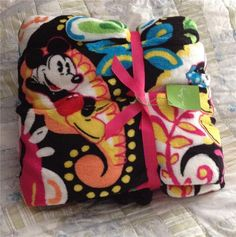 NWT Disney Vera Bradley Midnight with Mickey Throw Fleece Blanket SOLD OUT