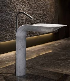 White Carrara Marble Pedestal Sink Ciuri by Lithea