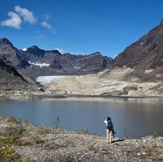 Remote hiking at Moraine Lake in Denali