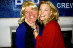 Anna Gunn and Bryan Cranston Best Tv Shows, Favorite Tv Shows, Breaking Bad Funny, Anna Gunn, Bryan Cranston, Walter White, Celebs, Celebrities, Chemistry