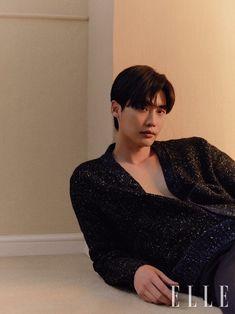 Lee Jong Suk in Elle Korea November 2018 Lee Jong Suk Cute, Lee Jung Suk, Asian Actors, Korean Actors, Korean Dramas, Lee Jong Suk Wallpaper, Jikook, Park Hyung, W Two Worlds