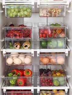 Freezer Organization, Kitchen Organization Pantry, Refrigerator Organization, Home Organization Hacks, Kitchen Pantry, Organized Fridge, Fridge Storage, Pantry Storage Containers, Produce Storage