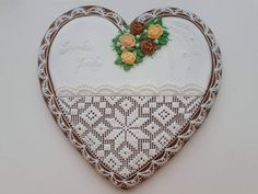 Heart Cookies, Gingerbread Cookies, Wreaths, Home Decor, Homemade Home Decor, Ginger Cookies, Door Wreaths, Deco Mesh Wreaths, Interior Design