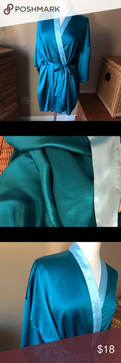 Victoria's Secret Teal Green Robe Teal green with light blue; see color in second photo. Pockets, detachable belt. Fabric tags shown in photo. Shown on Size 6/8 mannequin (mannequin measures 37-26-37.) 👠👗👜 Check out $6 section of closet, before sold items. All $6 items final price unless bundled. 15% bundle discount. 🚫NO MODELING 🚫NO TRADES Victoria's Secret Intimates & Sleepwear Robes