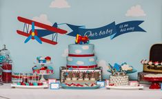 44 Ideas For Baby Shower Ideas For Boys Airplanes Party Themes Baby Shower Brunch, Baby Shower Cupcakes, Baby Boy Shower, Baby Shower Gifts, Airplane Baby Shower Cake, Baby Airplane, 2 Birthday, Planes Birthday, Vintage Airplane Party