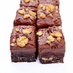 No weekend plans ? Now you have  make sure you check out my blog tonight for these: Sugarfree raw clean fudge brownies  {vanillacrunnch.com}