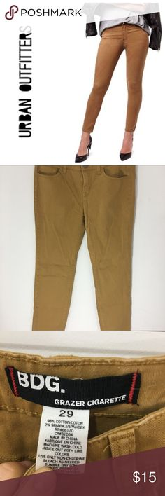 """BDG Grazer Cigarette skinny jeans size 29 15.5"""" waist, 24"""" length. No flaws. BDG Jeans Ankle & Cropped"""