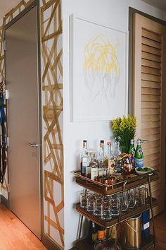 Add a bar cart to save on kitchen shelving -- Casey DeBois's New York City Apartment Tour New York City Apartment, Manhattan Apartment, Apartment Living, Apartment Design, Apartment Ideas, Living Rooms, Interior Inspiration, Design Inspiration, Bar Cart Decor