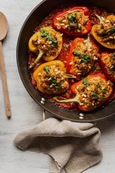 Peppers stuffed with Italian sausage – K for Katrine Vegan Blueberry, Blueberry Scones, Confort Food, Healthy Nutrition, Bruschetta, Italian Recipes, Sausage, Veggies, Appetizers