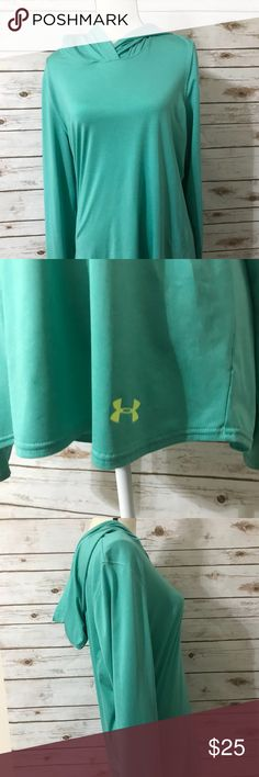 Under Armour Under Armour hooded pullover Size Large  Excellent condition Under Armour Jackets & Coats