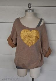 I Love the Big Glitter Hearts on shirts. I thought a Gold Glitter heart on a beige sweat shirt would be versatile enough to wear anytim. Sweatshirt Makeover, Sweatshirt Refashion, Sweatshirt Dress, Diy Shirt, Diy Tank, Diy Clothes Refashion, Diy Clothing, Glitter Hearts, Gold Glitter