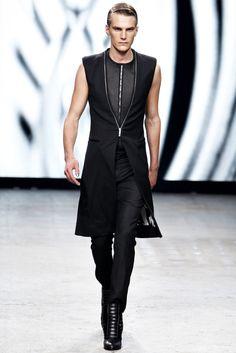 Spring 2012 Ready-to-Wear  Gareth Pugh
