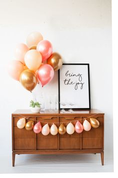 Lovesome Pearly peach, gold and blush balloons perfect for wedding showers, baby showers, donut parties and fun is one birthdays. Designed by Luft Balloons in Chic Mini Balloons, Gold Balloons, Birthday Balloons, One Balloon, Balloon Party, Balloon Bouquet, Balloon Garland, Balloon Decorations, Balloon Ideas