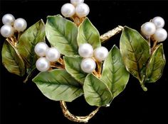 Signed Hattie Carnegie Enamel Pearl Berry Leaf Gold Brooch Earrings Vintage