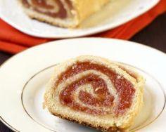 Recette de Gâteau roulé à la confiture de framboises . Facile et rapide à réaliser, goûteuse et diététique. Ingrédients, préparation et recettes associées.