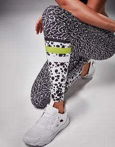 f61b6c81edf88b Steph wears lilybod leggings PIPER - MARSHMALLOW ULTRA Air Max Sneakers,  Sneakers Nike, Yoga