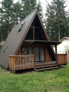 This is stunning! I would have never thought to put metal on an A-Frame. This works beautifully.       Metal Roofs In The Puget Sound