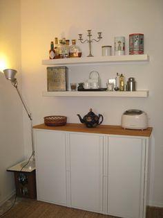 3 JOSEF lockers (IKEA: plus 1 wooden board make an extra kitchen sideboard. Kitchen Sideboard, Cottage Kitchen Cabinets, Country Kitchen Cabinets, Kitchen Cabinet Design, Narrow Kitchen, Kitchen Units, Ikea Pax, Buy Kitchen, Kitchen Ideas