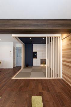 オシャレカジュアルな和室 #和室 #おしゃれな和室 #青いクロスの和室 #リゾート感 Modern Japanese Interior, Japanese Modern House, Modern Interior, Washitsu, Tatami Room, Living Room Modern, House Plans, Interior Decorating, House Design