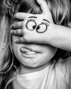 39 ideas for funny happy birthday humor kids Girl Photography Poses, Creative Photography, Children Photography, Funny Photography, Photography Gloves, Emotional Photography, Reflection Photography, Photography Studios, Photography Courses