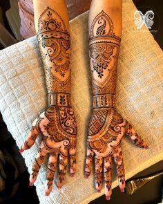 """Kali Torres on Instagram: """"♥️ . . . As usual, using @hennatreasures1 elastic henna powder ♥️ . . . . . .  #henna #mehndi #hennaart #naturalhenna #hennaartist…"""" Hand Henna, Henna Mehndi, Natural Henna, Henna Artist, Hand Tattoos, Powder, Instagram, Face Powder"""