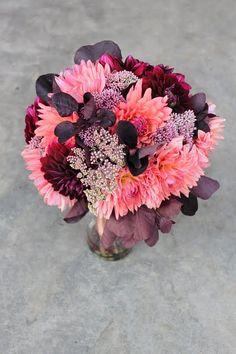 pretty dahlia #bouquet #flowers