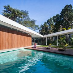 Gallery of Marquise House / FGMF - 18
