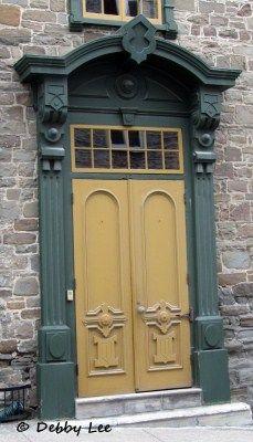 for my love of doors & window shutters Source by zayleen. Cool Doors, Unique Doors, Portal, Door Knockers, Door Knobs, Old Quebec, Quebec City, Le Petit Champlain, Yellow Doors