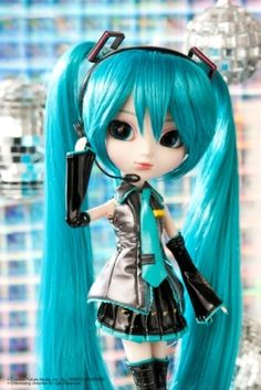 Sailor Moon / Miku Hatsune Pullip