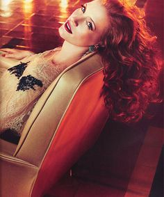Jessica Chastain by Michelangelo Di Battista for Vogue Italia April 2012 Beautiful Red Hair, Beautiful People, Beautiful Women, Jessica Chastain, 7 Arts, Actress Jessica, Hooray For Hollywood, Pretty Woman, Redheads