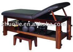 Functional Wooden Essential oil Massage Table massage bed