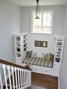 Built-in bed with double shelves. This is what I want in the middle room!