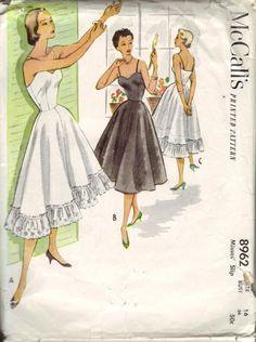 Vintage McCall's 8962 Misses' Sweetheart Slip Pattern sz 16 ~ 34 Cut/Complete #McCalls