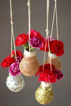 Graceful Vases Decor With Branches Ideas Diy Home Crafts, Diy Arts And Crafts, Light Bulb Crafts, Recycled Light Bulbs, Paper Vase, Deco Originale, Decoration Originale, Blog Deco, Vases Decor