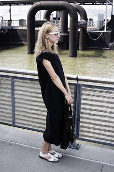 Karina of BEACH&DRESS