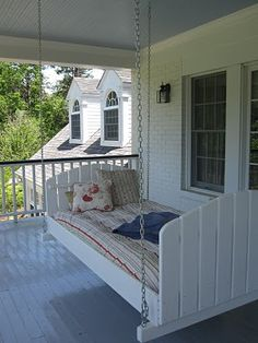 Outdoor swing bed...lovvve this!