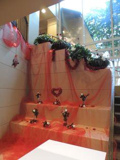 Valentine's decor at IMG Academy Golf Club
