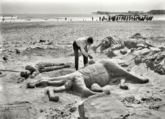 1906 - Sand sculpture. Shorpy Historical Photo Archive | Vintage Fine Art Prints