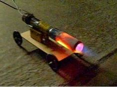 Beer Can Jet Turbine Engine Toy Steam Engine, Rocket Engine, Jet Turbine Engine, Jet Engine, Diy Electronics, Electronics Projects, Motor Jet, Cool Science Facts, Diy Rocket